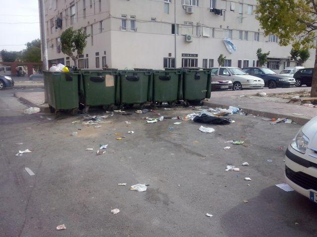 IU-Verdes Alcantarilla denuncia la dejadez del PP en el control de la recogida de basuras y la limpieza viaria - 5, Foto 5