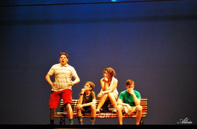 Elenco 11, grupo surgido del taller de teatro que organiza el Ayuntamiento, logra el primer puesto de los Premio Buero, Foto 2