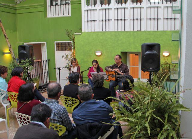 Puerto Lumbreras acogió el espectáculo cultural Poetas y Cuadrilleras. Vivencias musicales - 1, Foto 1