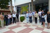 El Ayuntamiento de San Pedro del Pinatar guarda un minuto de silencio por la muerte de Isabel Carrasco