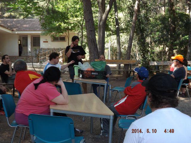Los chicos del Centro de Día de Las Salinas disfrutan de un fin de semana en el Aula de la Naturaleza de las Alquerías, Foto 4
