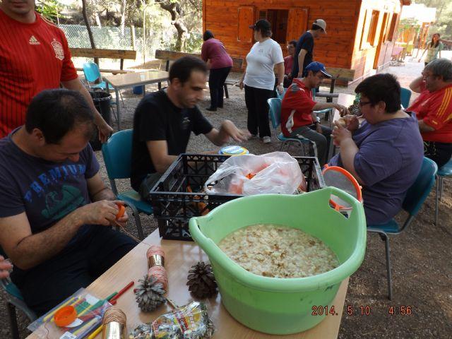 Los chicos del Centro de Día de Las Salinas disfrutan de un fin de semana en el Aula de la Naturaleza de las Alquerías, Foto 5