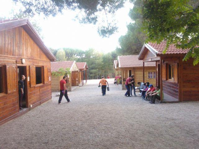 Los chicos del Centro de Día de Las Salinas disfrutan de un fin de semana en el Aula de la Naturaleza de las Alquerías, Foto 7