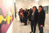 El joven artista lumbrerense Salva Piñero inaugura su exposición de pintura 'Locomotoras' en el Centro Cultural Casa de los Duendes