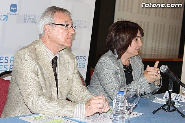 Cerca de un centenar de empresarios de Totana se reúnen con Valcárcel para conocer las propuestas para la creación de empleo, Foto 2