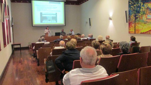 La Asociación Kalathos imparte una charla-conferencia en el Casino de Murcia, Foto 1