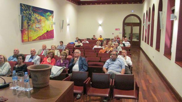 La Asociación Kalathos imparte una charla-conferencia en el Casino de Murcia, Foto 5