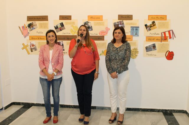 La sala de exposiciones del Centro Cultura Plaza Vieja acoge una muestra sobre rincones de Alhama de Murcia hecha por alumnos y padres del CAI Los Cerezos, Foto 1