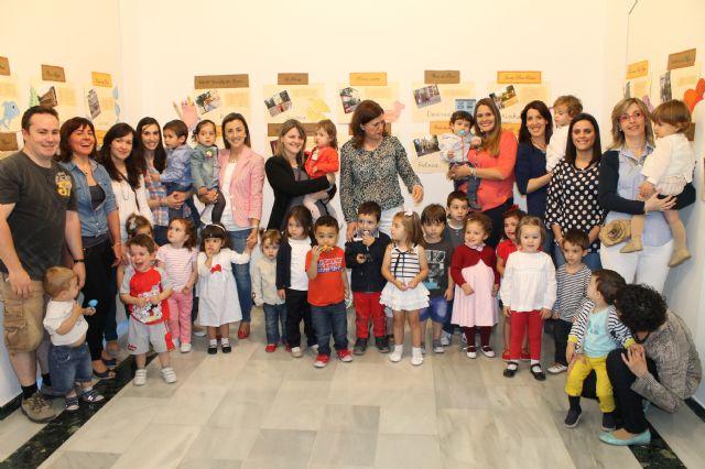 La sala de exposiciones del Centro Cultura Plaza Vieja acoge una muestra sobre rincones de Alhama de Murcia hecha por alumnos y padres del CAI Los Cerezos, Foto 3