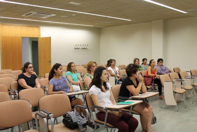 El Vivero de Empresas para Mujeres acoge un curso de protocolo, Foto 4