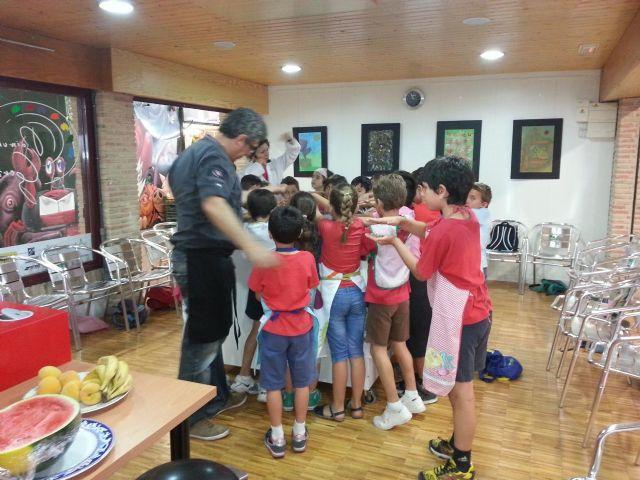 Los escolares elaboran pizza con productos de la Región - 1, Foto 1