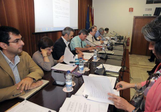 Los profesores de la Universidad de Murcia dispondrán de más tiempo para su actividad investigadora - 1, Foto 1