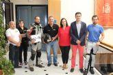 El alcalde recibe a representantes de la PMSV que se encuentran de viaje por España reivindicando una mejor seguridad y educaci�n vial