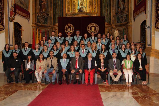 Los estudiantes del Máster en Formación del Profesorado reciben sus Becas y Diplomas - 1, Foto 1