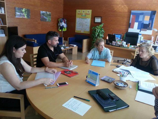 Hostemur presenta a la concejal de Medio Ambiente las alegaciones a la nueva ordenanza de ruidos - 1, Foto 1
