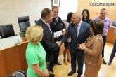 IU-verdes entrega una carta al Presidente, Alberto Garre