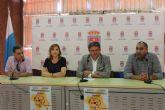 Violante Tomás y Anastasio Bastida reciben a las delegaciones participantes en el campeonato de España FEDDI 2014