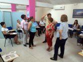 Un grupo de voluntarios se reúne en Las Torres de Cotillas de Cotillas en un encuentro formativo
