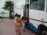 Cultura acerca la biblioteca a las playas durante los meses de verano
