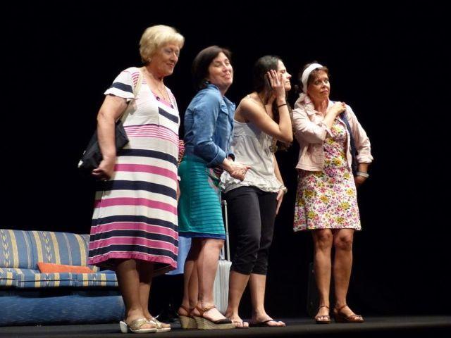 Éxito en el teatro solidario a beneficio de D´Genes, Foto 2