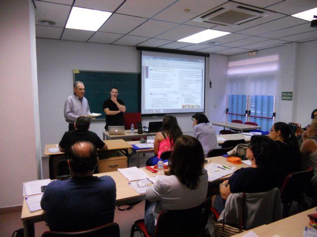 Se clausura en empleo el curso preparatorio de inglés A-2, Foto 1