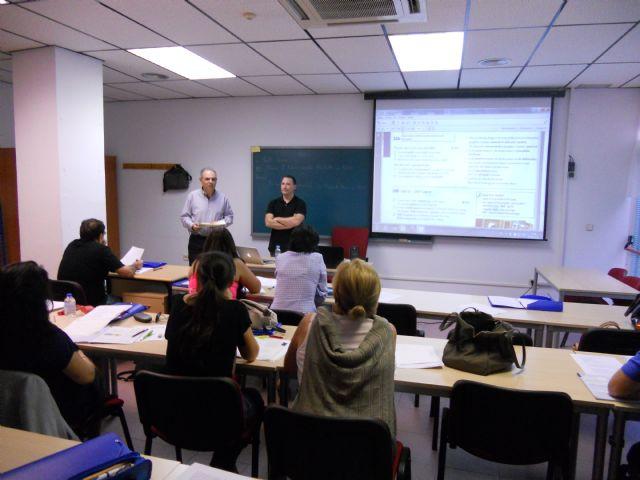 Se clausura en empleo el curso preparatorio de inglés A-2, Foto 2