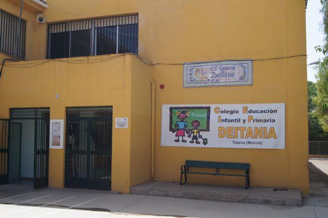 Finalizan las obras de los dos aseos en el nuevo aulario del Colegio Público Comarcal-Deitania, Foto 2