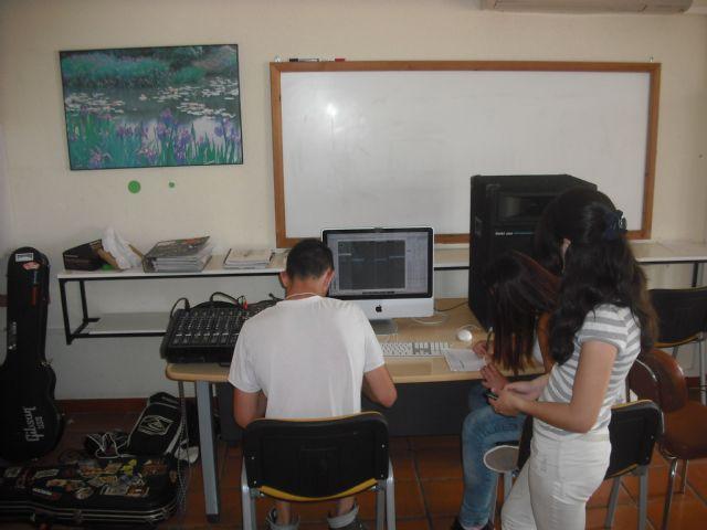 Alumnos del aula ocupacional de Totana finalizan su formaci�n complementaria, Foto 3