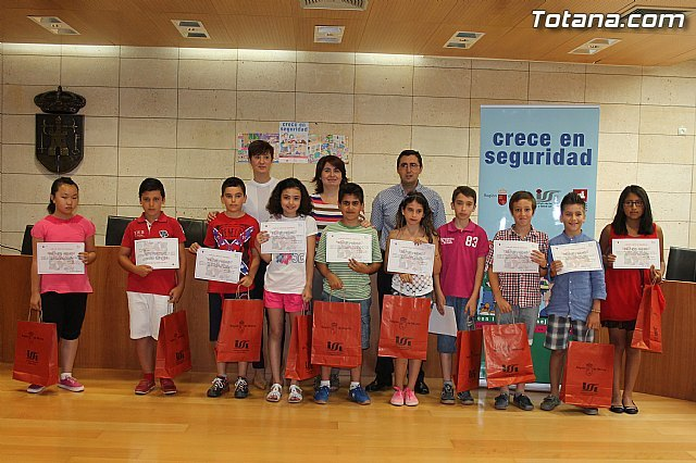 School of Totana Ten awards are made with Security Grows 2014