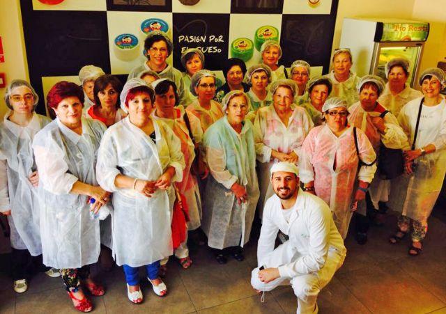 Más de 60 mujeres lumbrerenses realizan una visita cultural a Caravaca de la Cruz enmarcada dentro de la programación mensual del Centro de la Mujer - 1, Foto 1