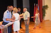 La AGA entrega los diplomas a los ciudadanos que juraron bandera con motivo del 125 Aniversario de Santiago de la Ribera