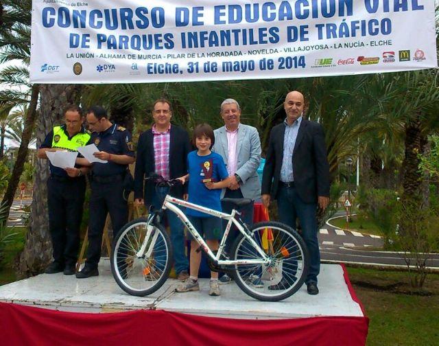 Los niños del Parque Infantil de Tráfico, bien situados en la competición de Educación Vial celebrada en Elche, Foto 3