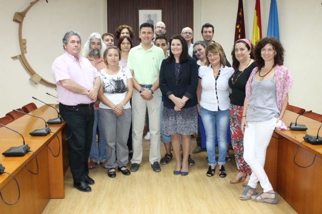 El Ayuntamiento clausura en el salón de Plenos el curso de