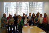 Entregados los diplomas del taller de reparación de calzado del 'Proyecto Abraham' en Las Torres de Cotillas