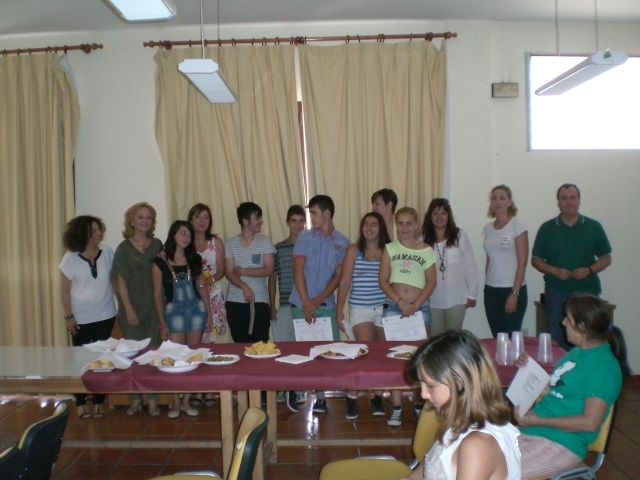 Catorce alumnos participan en el programa de compensación educativa