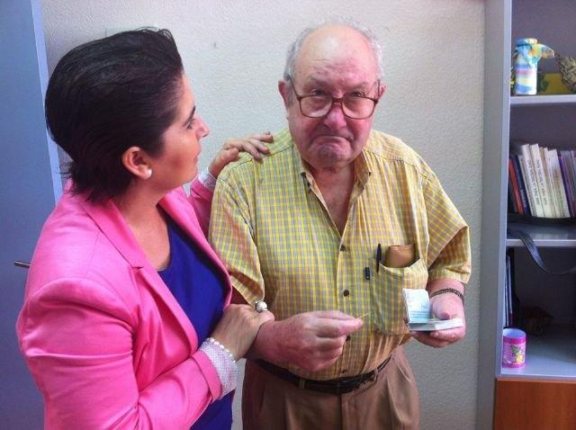 La alcaldesa propone conceder el Título de Hijo Predilecto a Don Antonio Ángel Mártínez Garrido, conocido como