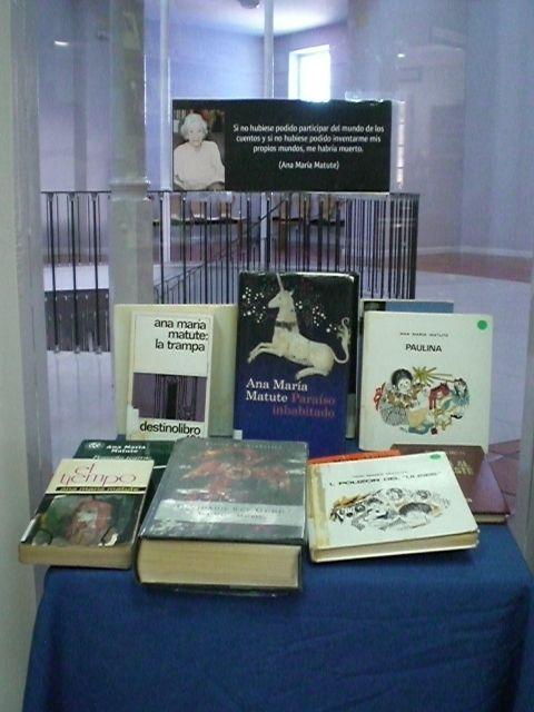 La Biblioteca Municipal del centro sociocultural La C�rcel hace un homenaje a la escritora, Ana Mar�a Matute, con una selecci�n de sus obras, Foto 1