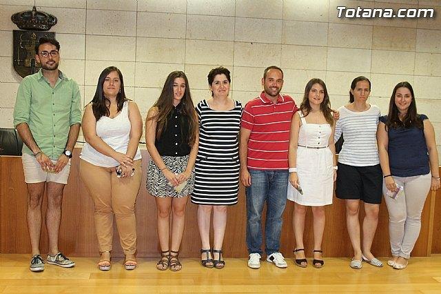 El ayuntamiento agradece a los estudiantes totaneros de la Universidad de Murcia la participaci�n en el Proyecto de Refuerzo Educativo, Foto 1