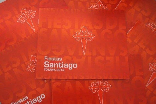 Comienza hoy a repartirse m�s de 3000 programas de las fiestas de Santiago Ap�stol 2014, Foto 1