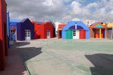 Pintados y remodelados todos los exteriores de la Escuela Infantil Municipal Colorines
