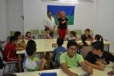 La concejal de Educación visita a los niños Gitanos de EDUKALO DE VERANO, organizado por Faga y Rromano Phralipen