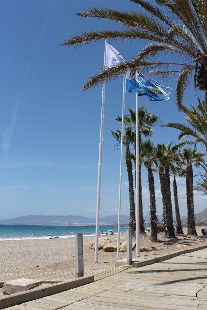 Seis banderas azules certifican la calidad de las playas de Mazarrón, Foto 2
