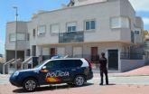 Detenidos 'in fraganti' por la Policía Nacional tres jóvenes cuando intentaban robar en una vivienda de Molina de Segura