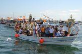 Miles de fieles acompañan a la Virgen del Carmen por tierra y mar en San Pedro del Pinatar