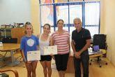Los Alcázares entrega las becas al curso de entrenadora de gimnasia rítmica