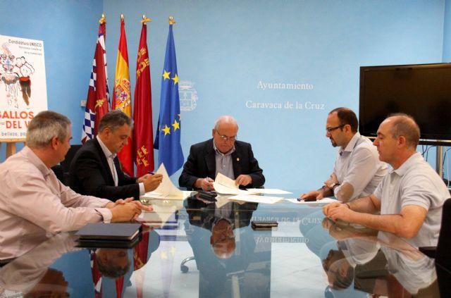 Ayuntamiento y Acciona-Generala firman el contrato para los servicios de limpieza, residuos y jardines - 1, Foto 1