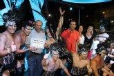 La peña 'El Pistonazo' de Totana se lleva el primer premio del Carnaval de Verano de Mazarrón