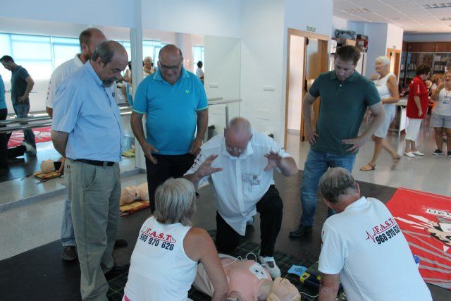La asociación de primeros auxilios FAST de Camposol atiende en 2014 más de 80 llamadas de emergencias, Foto 2