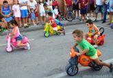 Las carreras de tacatá, triciclos y cintas marcan la pauta popular