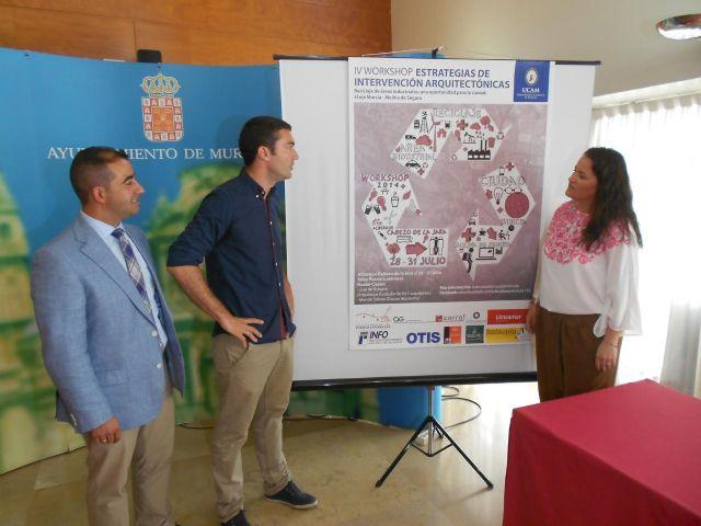 Alumnos de arquitectura estudian la transformación del área industrial en el eje Murcia-Molina de Segura - 1, Foto 1